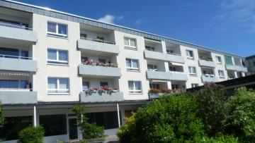 IMMOBILIENMENSCHEN – Zum sofortigen Bezug 3-Zimmer-Wohnung in der Blumenau!!! 80689 München, Etagenwohnung