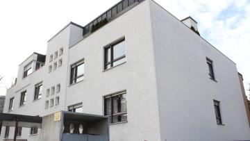 IMMOBILIENMENSCHEN – Ruhige top renovierte 2 Zi.-Whg. mit SW-Balkon – Bogenhausen/Arabellapark!!! 81925 München (Bogenhausen), Etagenwohnung