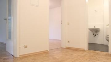 IMMOBILIENMENSCHEN – Neu renovierte 2 Zi.-Gartenwohnung in Alt-Unterhaching!!! 82008 Unterhaching, Terrassenwohnung