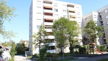IMMOBILIENMENSCHEN – Ideal geschnittene 4,5 Zi.Whg. mit TG und S/W-Balkon!!! 85716 Unterschleißheim (Lohhof), Etagenwohnung